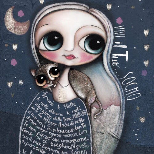 The doll of Dark blue sky, white hair and the tortoiseshellcat