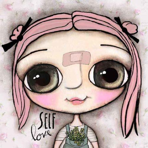 Pupetta con i capelli rosa ed il cerotto